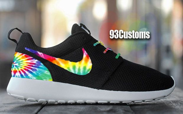 official photos fff8b ef42c Nike Roshe Run Custom Tie Dye