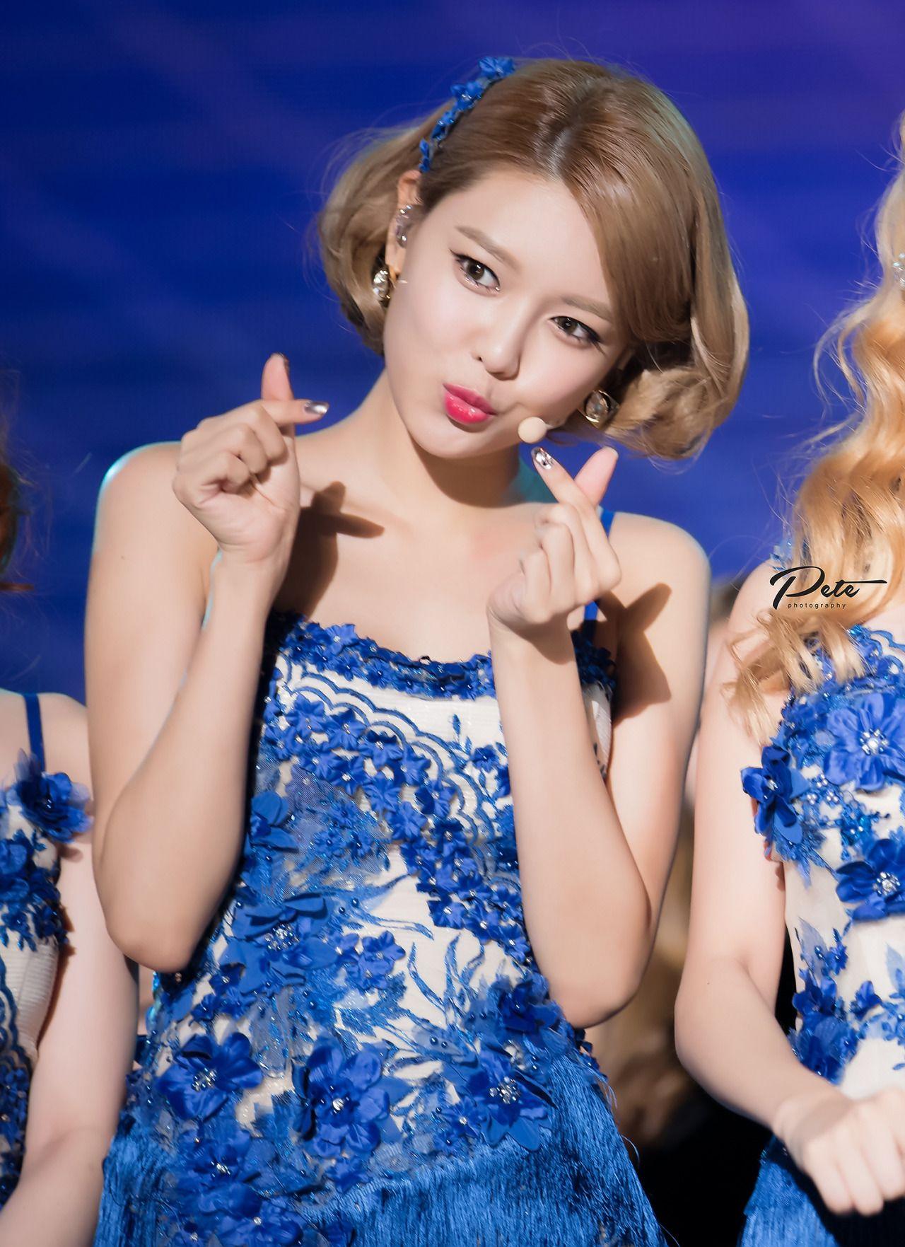 FY! GG — INEFFABLE MOMENT   Taeyeon, Girls generation
