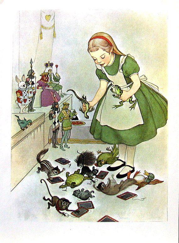 Alice In Wonderland Giant Alice Lewis Carroll Marjorie