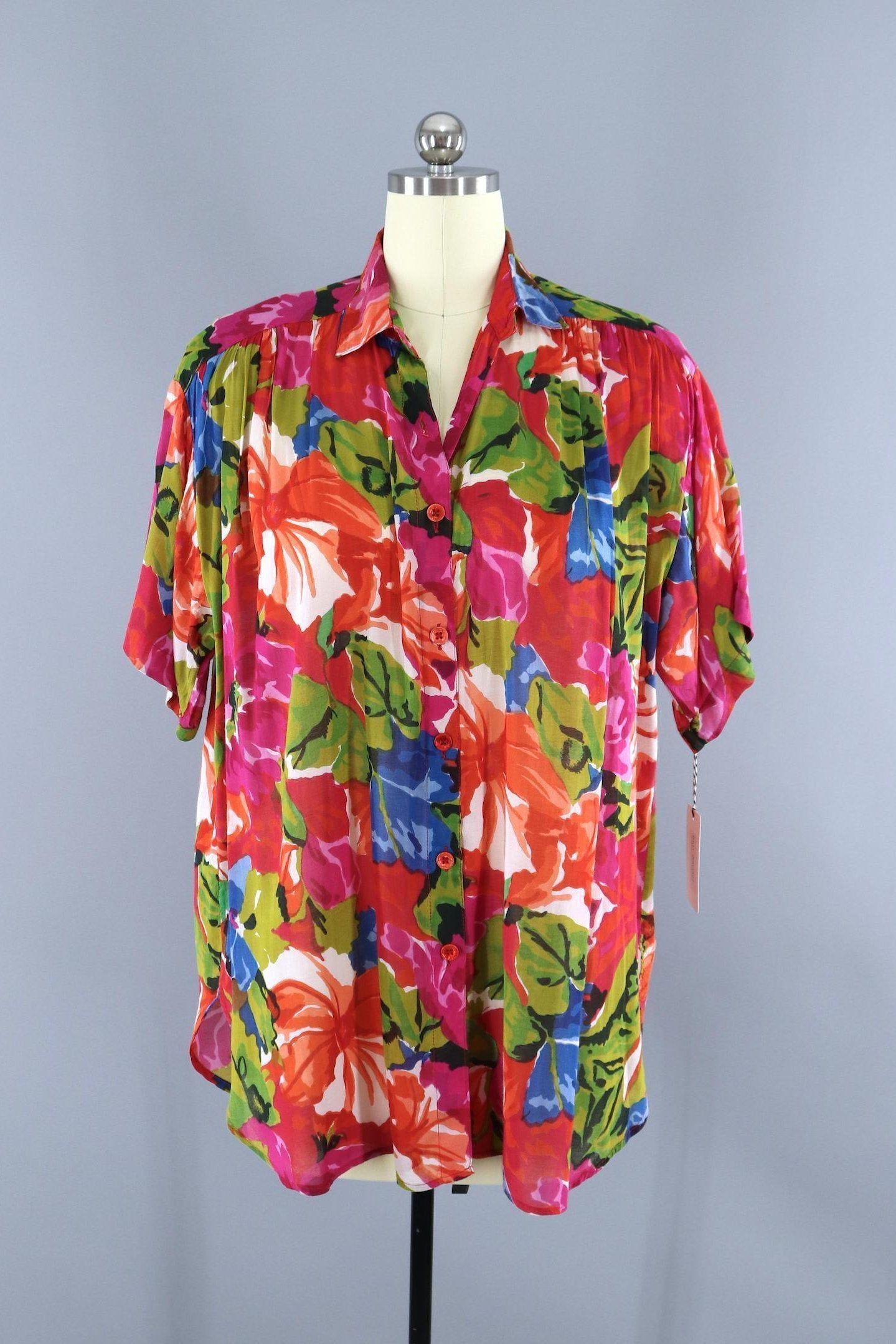9625743d5e7ee Vintage 1980s Floral Print Shirt   Indian Cotton Gauze Shirt  thisbluebird.com  tops  vintagetop  vintagetops  vintage  blouse  blouses   shirt  shirts ...