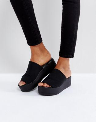 489c3622d58 Steve Madden Slinky black chunky flatform sandals in 2019 | Shoes ...