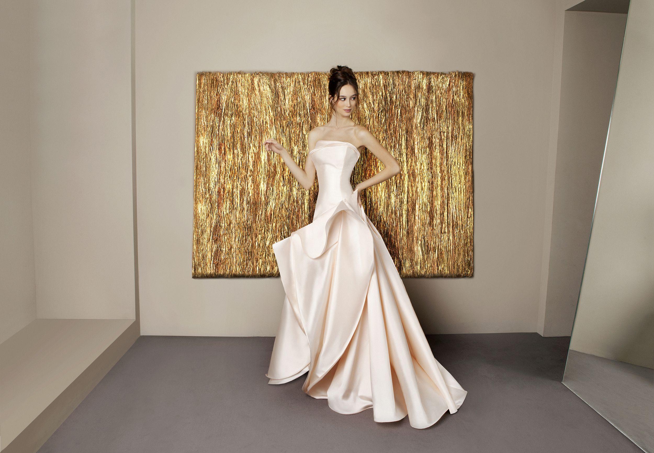 www.antonioriva.com #wedding #weddingdress #madeinitaly #antonioriva #design #bridalfashion #modasposa #sposa #bride #dress #fashion #moda #collezionisposa #matrimonio #nozze