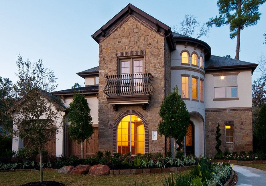 Gorgeous Stucco Stone Home By D R Horton In The Houston Texas Area Love The Juliet Balcony Findyourhome Stone Houses House Styles New Homes