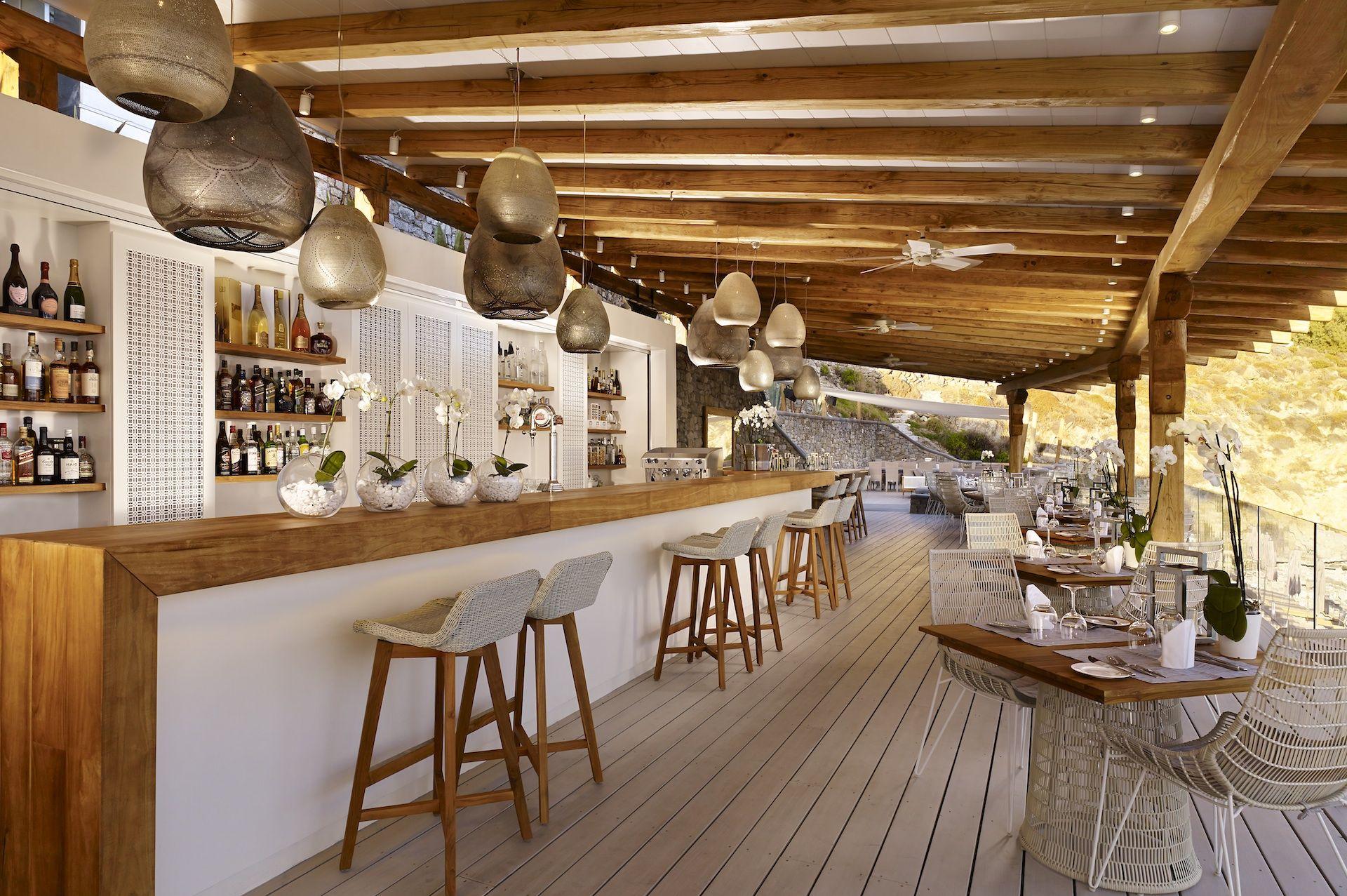 Greece beach bars bayview beach restaurant bar santa for Beach bar design
