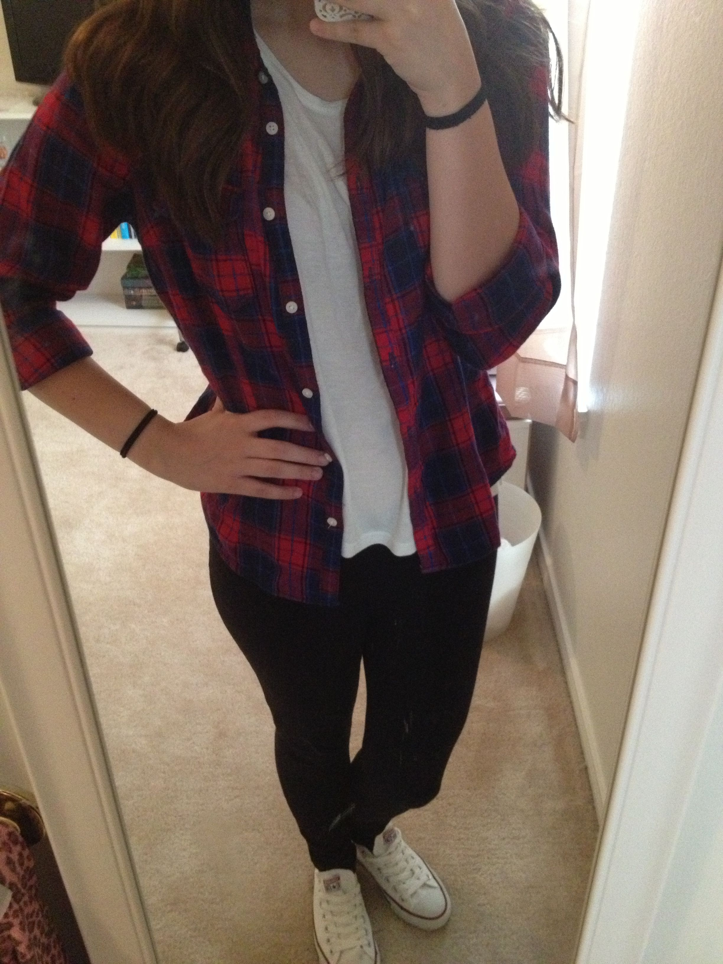 school outfit plaid shirt leggings and white converse
