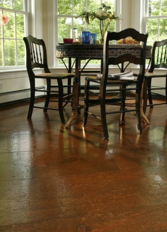 Eastern White Pine Flooring With A Dark Finish Pine Dining Room Wide Plank Flooring Pine Floors