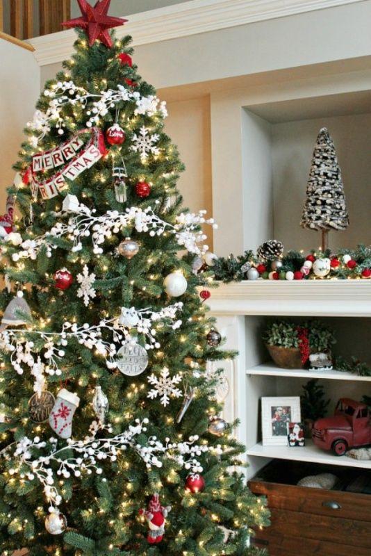 Puntale A Stella Per Albero Di Natale.Albero Di Natale 2016 Colori Idee E Suggerimenti Alberi Di