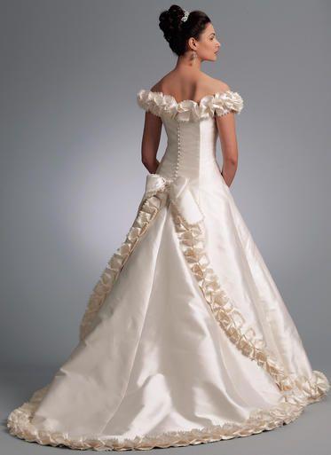 Vogue Patterns Sewing Pattern V1095 Misses' Off-the-Shoulder Embellished Gown with Train