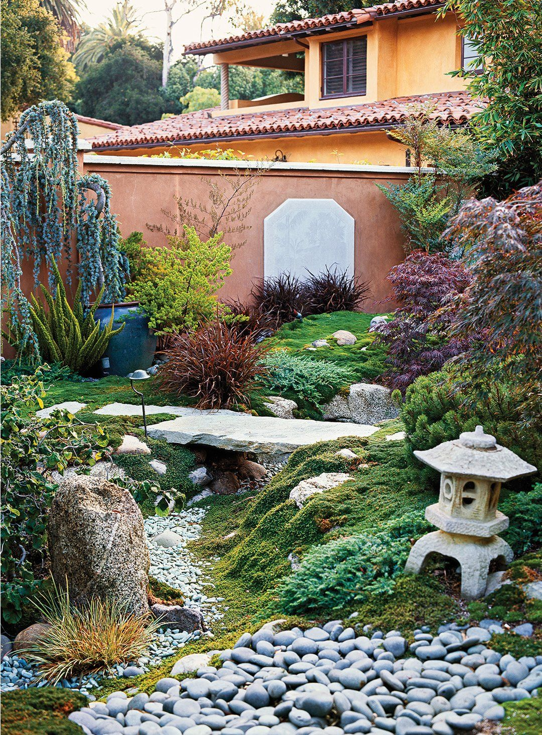 Update Your Garden With This Diy Dry Creek Bed Landscape Plans Landscaping With Rocks Landscape Design