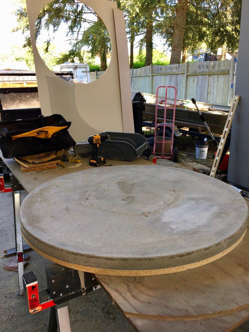 Here S How It Looked Before Was Attached Really Pleased With Turned Out Concrete Furniture Roundtable Tabletop Diy