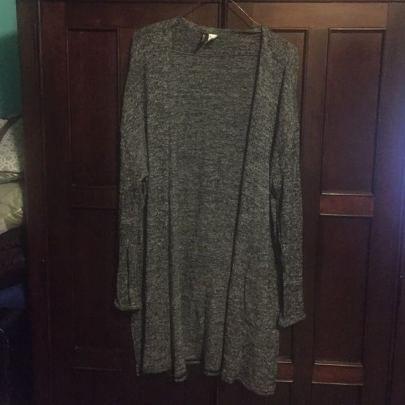 Cardigan Long gray cardigan it's in a good condition H&M Sweaters Cardigans