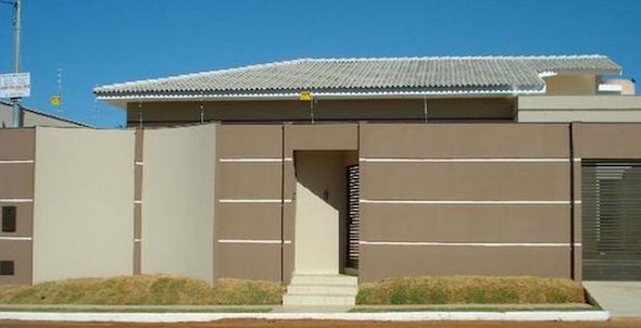 5 frente de casas com muros exemplos bonitos projetos for Ver modelos de frentes de casas