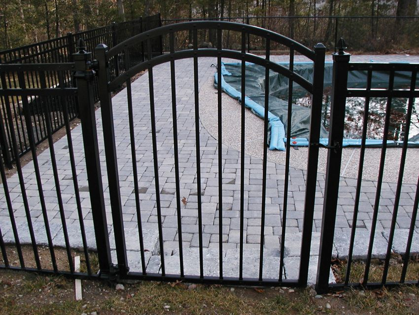 Ornamental Aluminum - Majestic Arched Gate Ornamental Aluminum