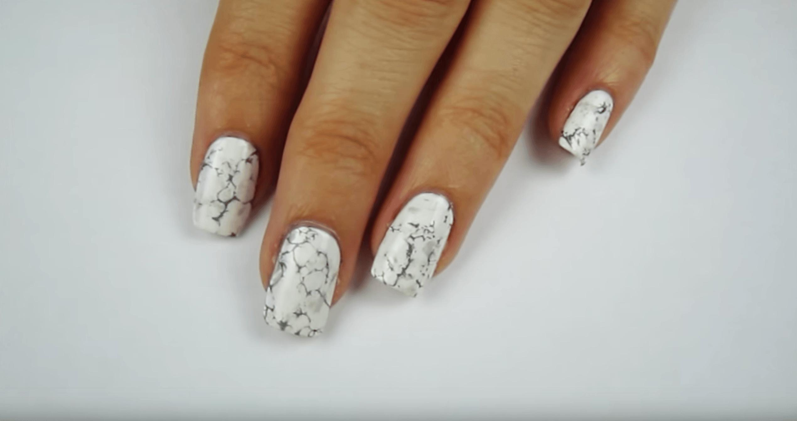Video: DIY Water Marble Nails | Water marble nails, Marble nails ...