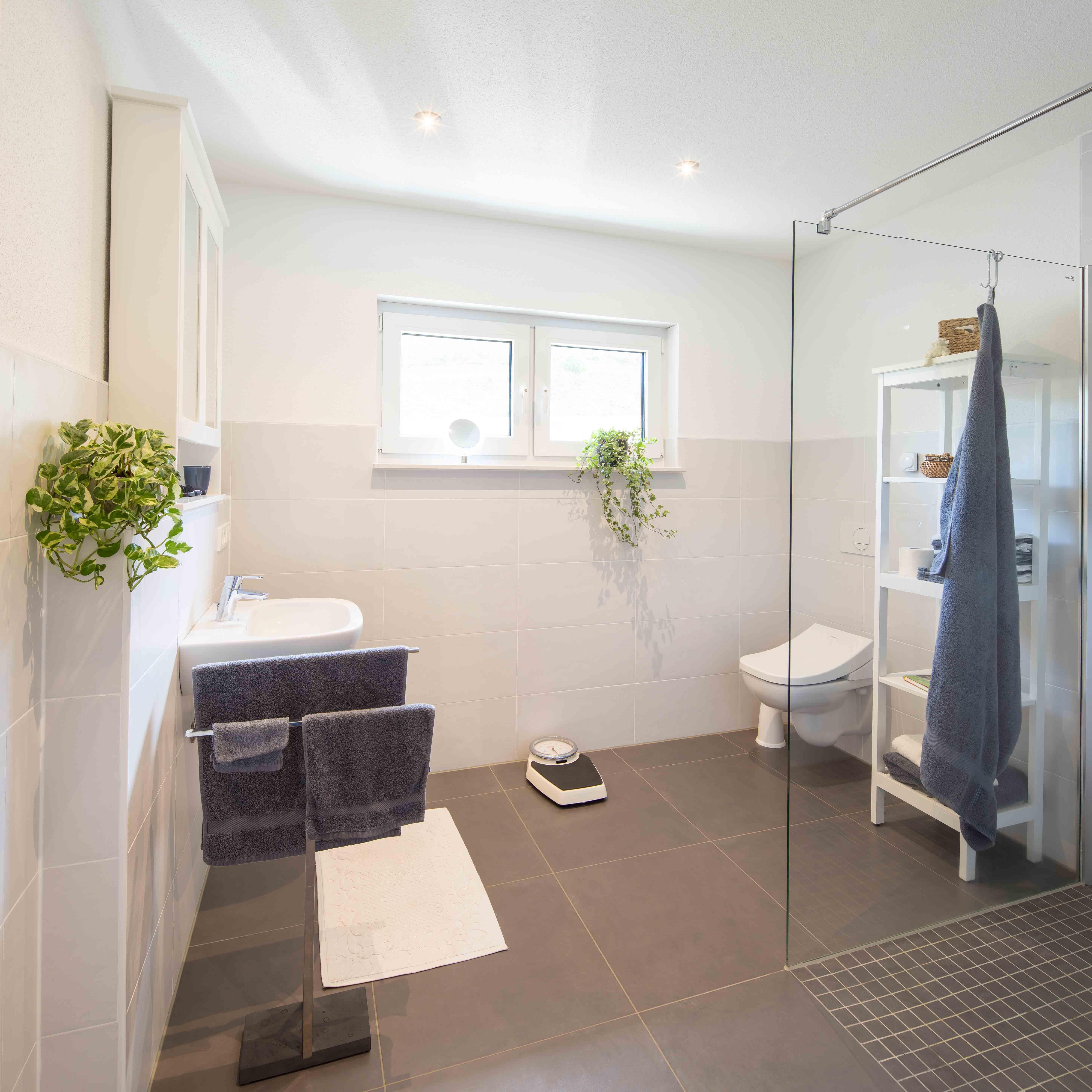 fertighaus wohnidee badezimmer wohnideen badezimmer pinterest fertigh user wohnideen und. Black Bedroom Furniture Sets. Home Design Ideas
