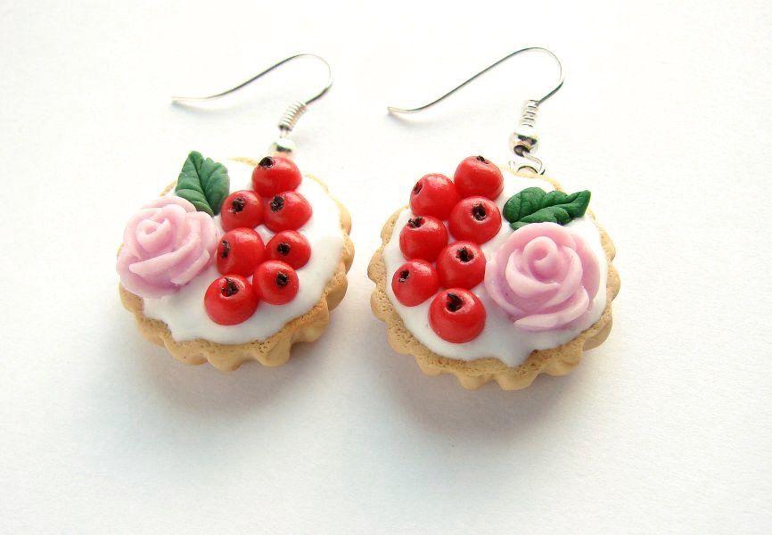 Tart earrings!                                 Kolczyki Tarty z Porzeczkami (proj. Yummy Cookie), do kupienia w DecoBazaar.com