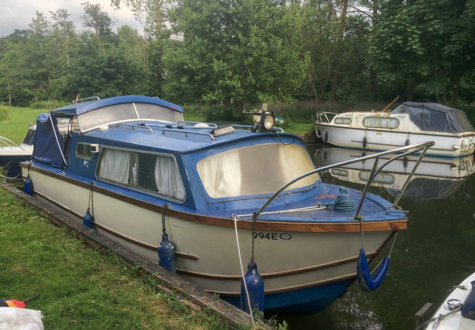 Dawncraft 21ft Canal Cruiser 1966 Grp Hull And Mercury 15hp Engine Cruisers Abandoned Ships Cabin Cruiser