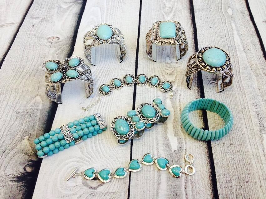 www.misfitcowgirlboutique.com   Turquoise is a huge fashion trend, especially for our Rustic customers.  ★☆★ LIKE ★ SHARE ★ FOLLOW★☆★ WEBSITE: www.misfitcowgirlboutique.com  FACEBOOK: https://www.facebook.com/MisfitCowgirlBoutique  TWITTER: https://twitter.com/MisfitCowgirl  (¯`v´¯)  `*.¸.*´ ¸.•´¸.•*¨) ¸.•*¨) ┊  ┊  ☆  ┊  ★ ☆ #turquoise #silver #fashion #jewelry #rustic #cowgirl #bracelet #ornament #hearts #lovethis #musthave #misfitcowgirl #boutique #shop #ilovetoshop