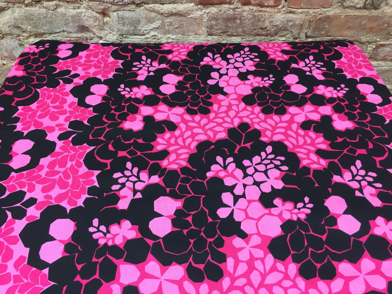 Cotton Fabricpink Flowerspink Tableclothpink Black