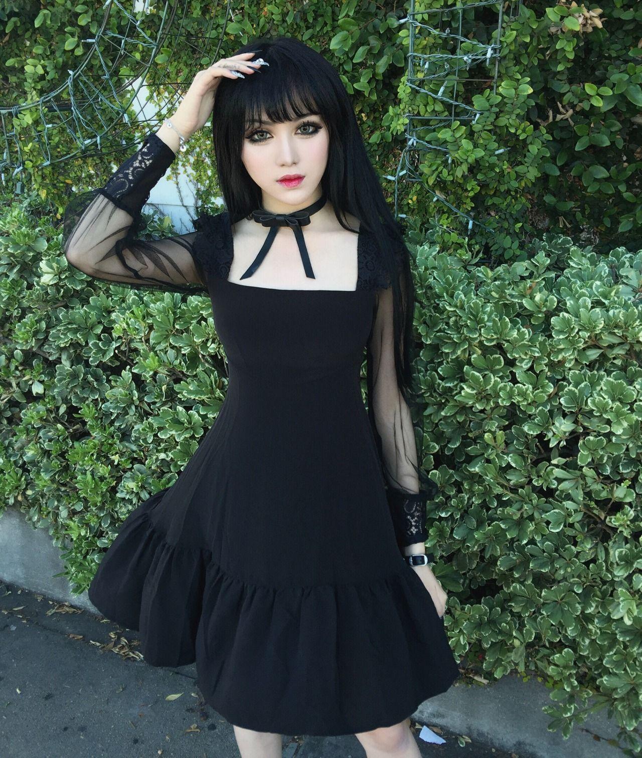 Asian goth girls