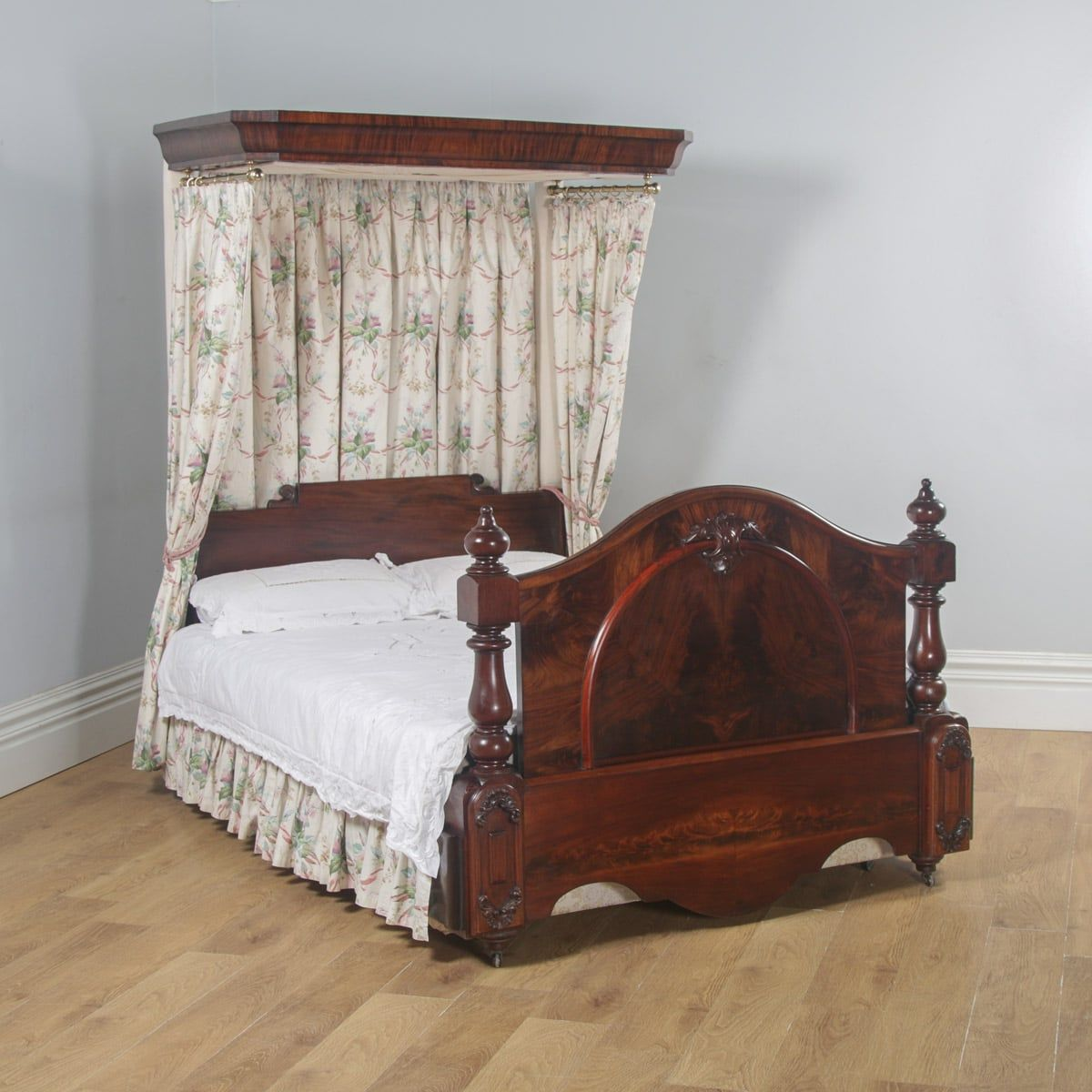 Victorian Flame Mahogany 5ft King Size