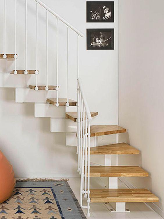 21 Escaleras Compactas Y Perfectas Para Casas Pequeñas
