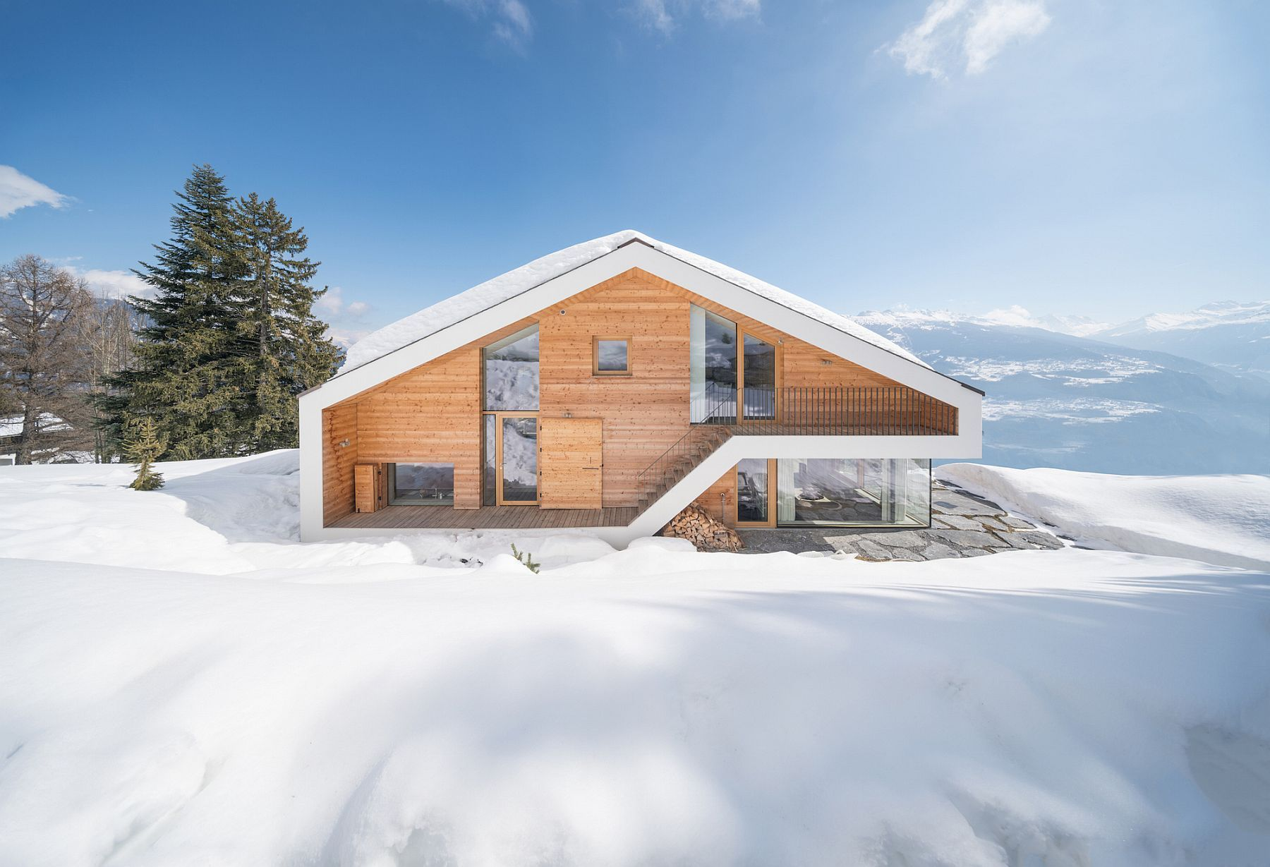 Unique Design Of Contemporary Swiss Chalet