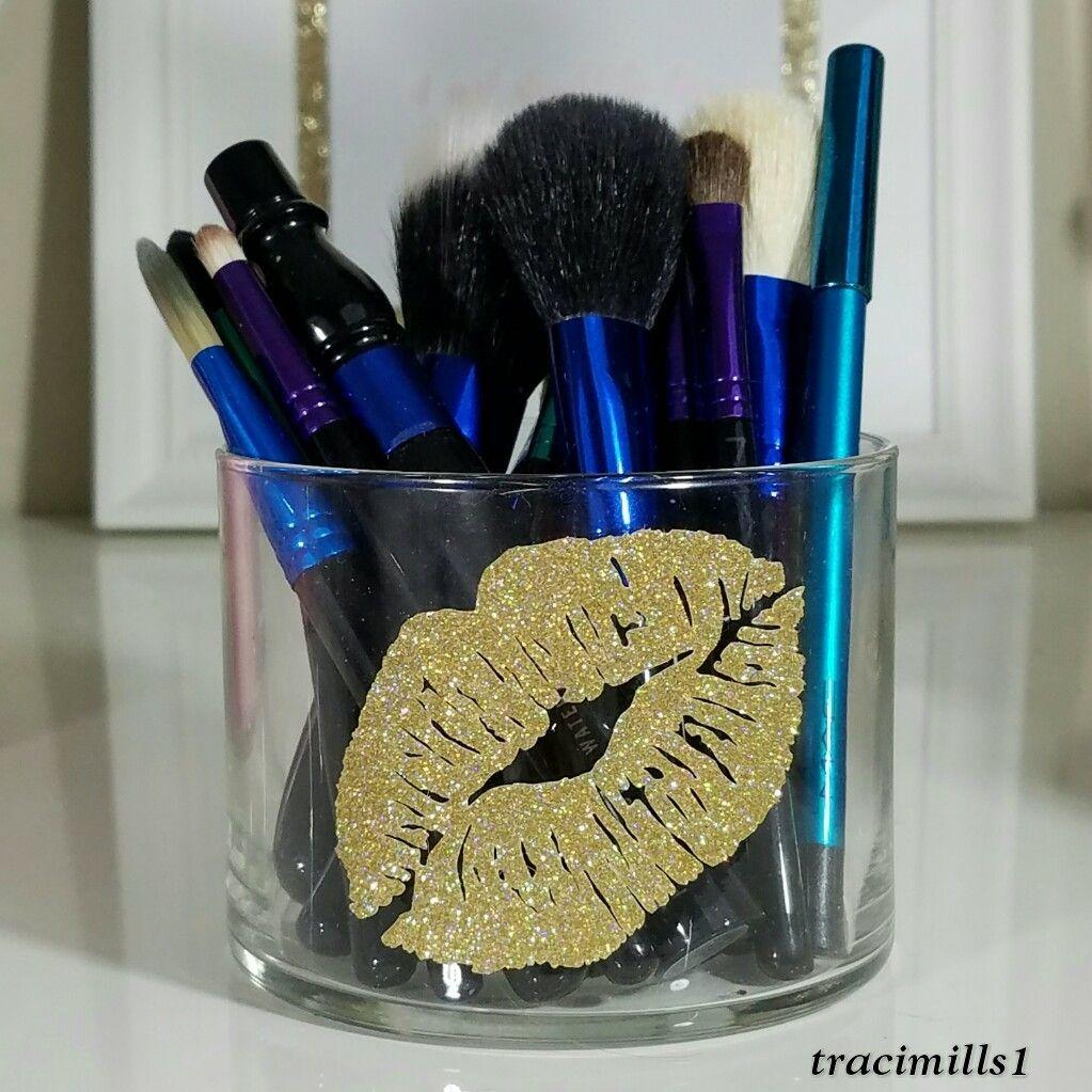 Lips Makeup brush holder brushholder makeupbrushes pink
