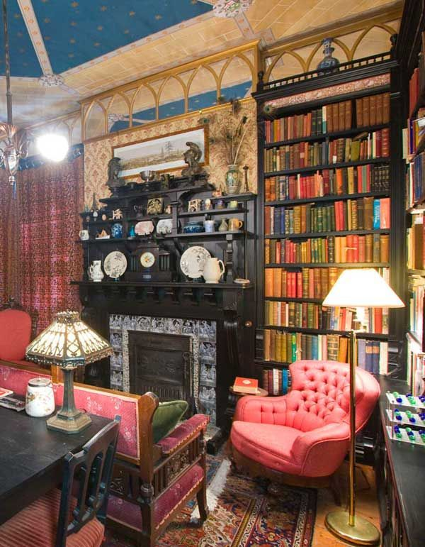 Vintage Living Room Ideas For Small Spaces: Image Result For Gothic Interior Design Small Space