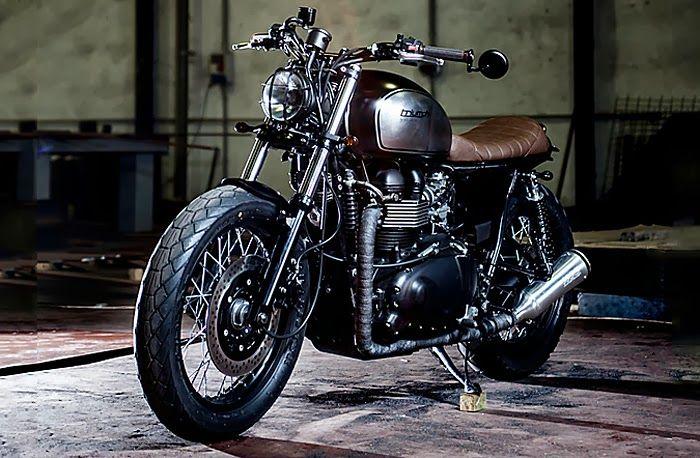 "The Bullitt: Macco Motors' Triumph Bonneville SE :: ""Dusty Pearl"""