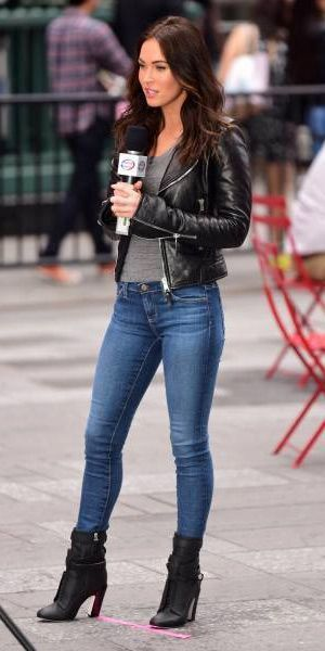 How to wear Jeans and boots this winter 30 best outfits - Women Jeans - Ideas of Women Jeans #womenjeans -  how-to-wear-jeans-and-boots-this-winter-30-best-outfits How to wear Jeans and boots this winter 30 best outfits #leatherjacketoutfit