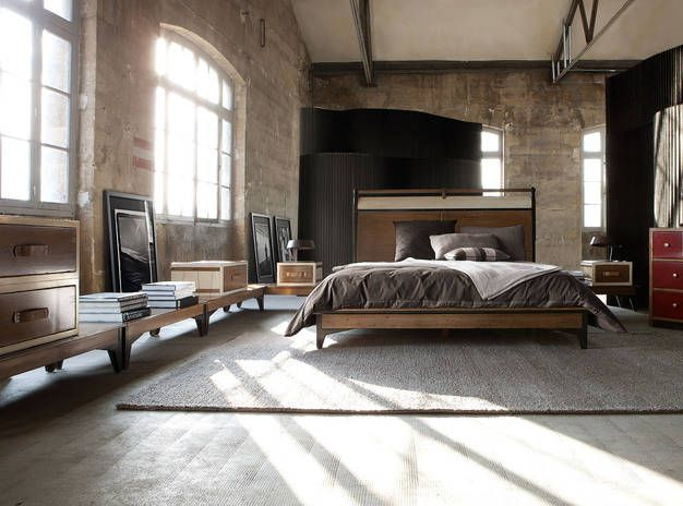 brick walls high ceilings loft style studio apt or warehouse warehouse barnhouse. Black Bedroom Furniture Sets. Home Design Ideas
