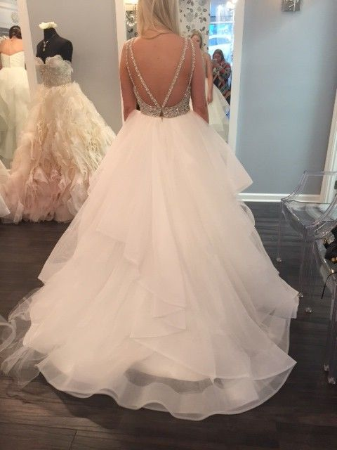 Used Hayley Paige Dori Gown Size 4 For 3650 You Saved 20 Off - Used Hayley Paige Wedding Dress