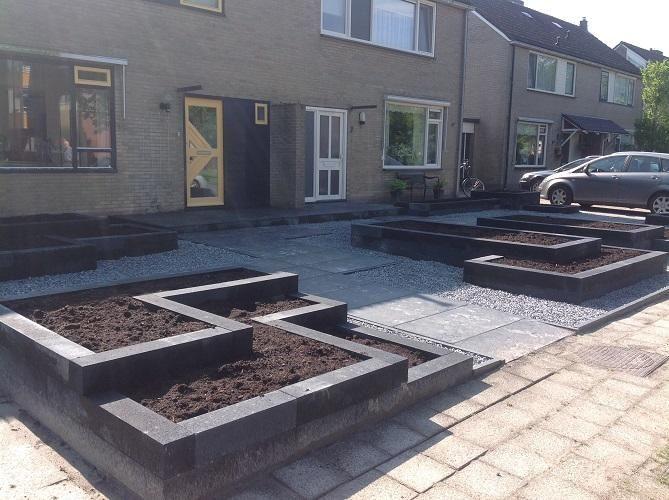 Grind Tuin Aanleggen : Voortuin aanleggen bestrating grind bakken geen beplanting