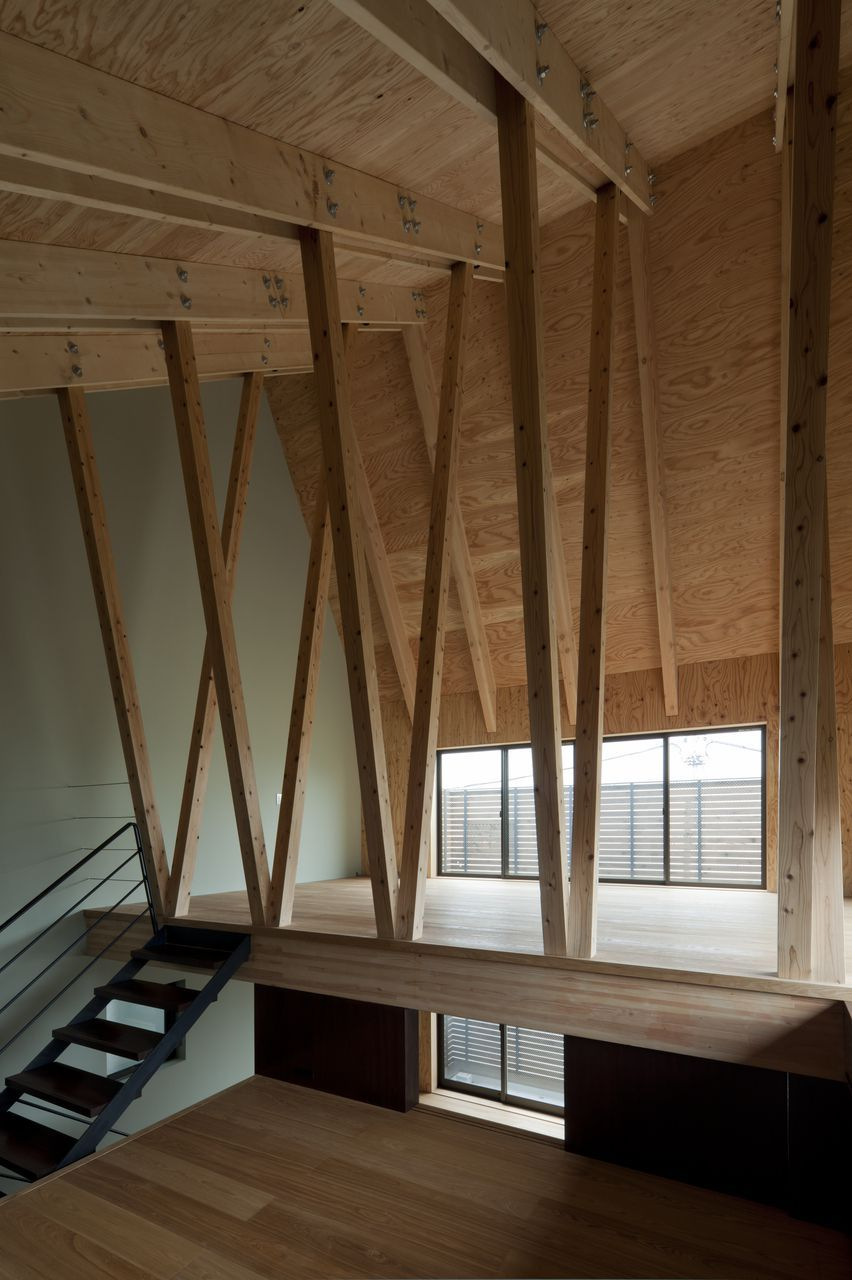 FT Architects' 4 Columns house features a timber frame | Columns