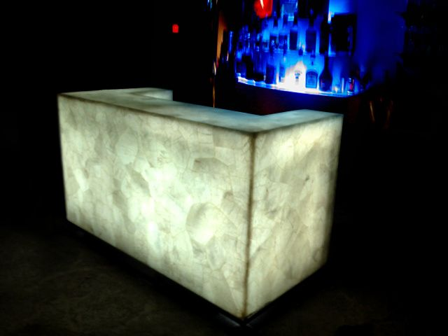 Google Image Result for http://www.madagascarminerals.com/misc_images/quartz-bar-back-lit.jpg