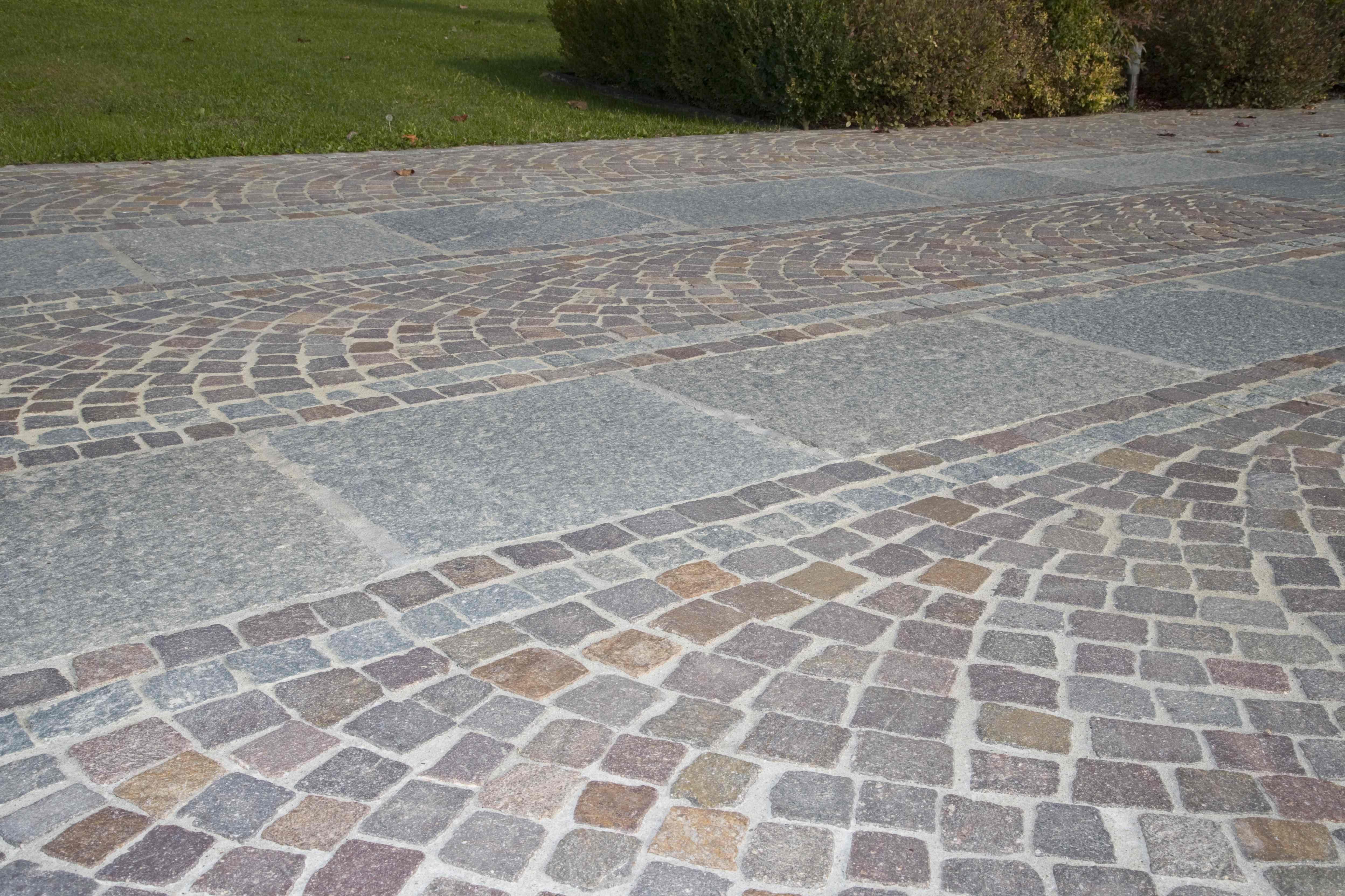 Pavimentazione Giardino In Pietra pavimenti per esterno in pietra naturale, porfido e pietra