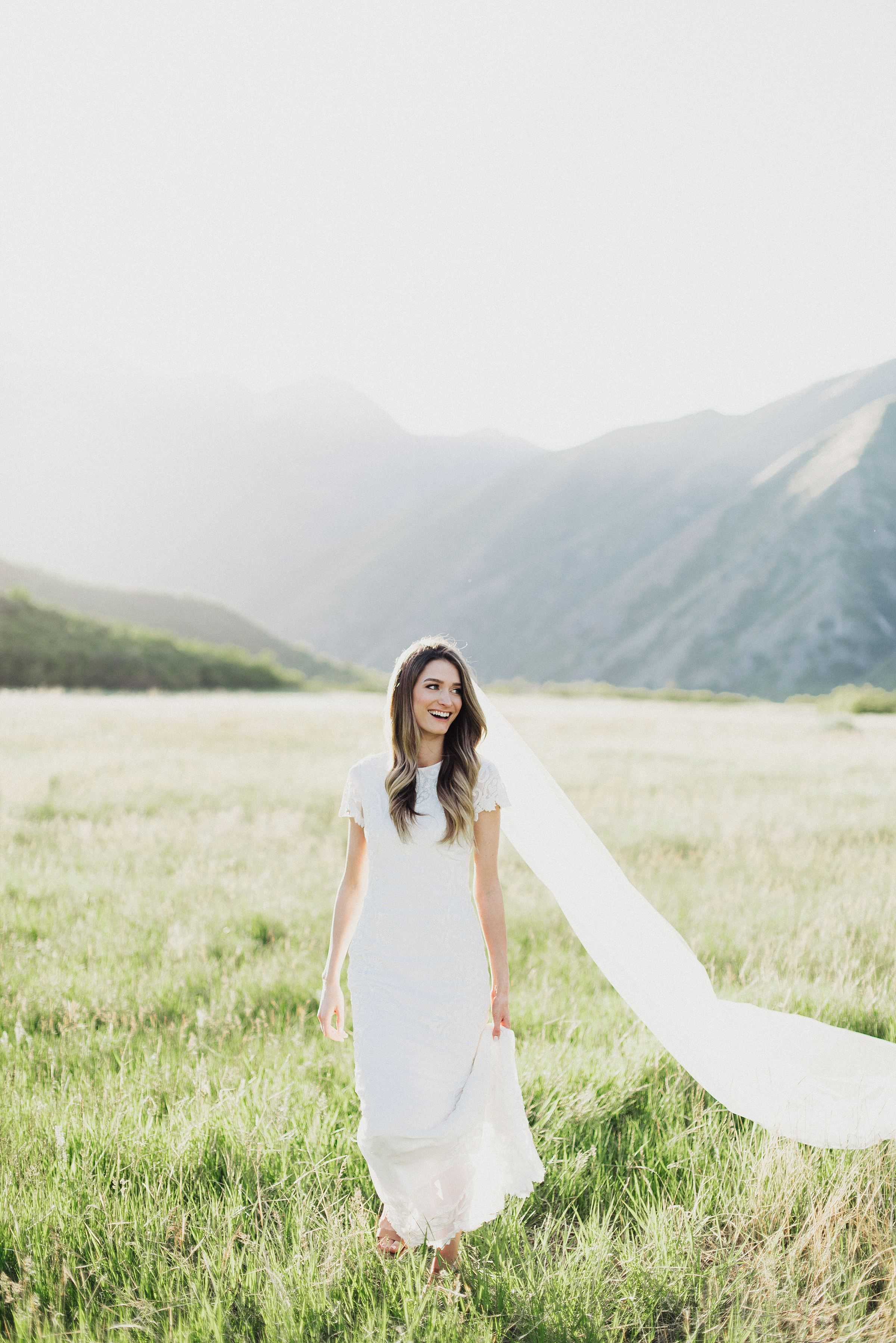 Lindsie and christopher first look and bridals in provo canyon