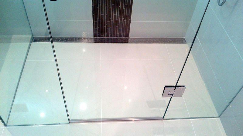 Sierstrip Chroom Badkamer : Shower drain: designer shower drain chrome bathroom accent tiles