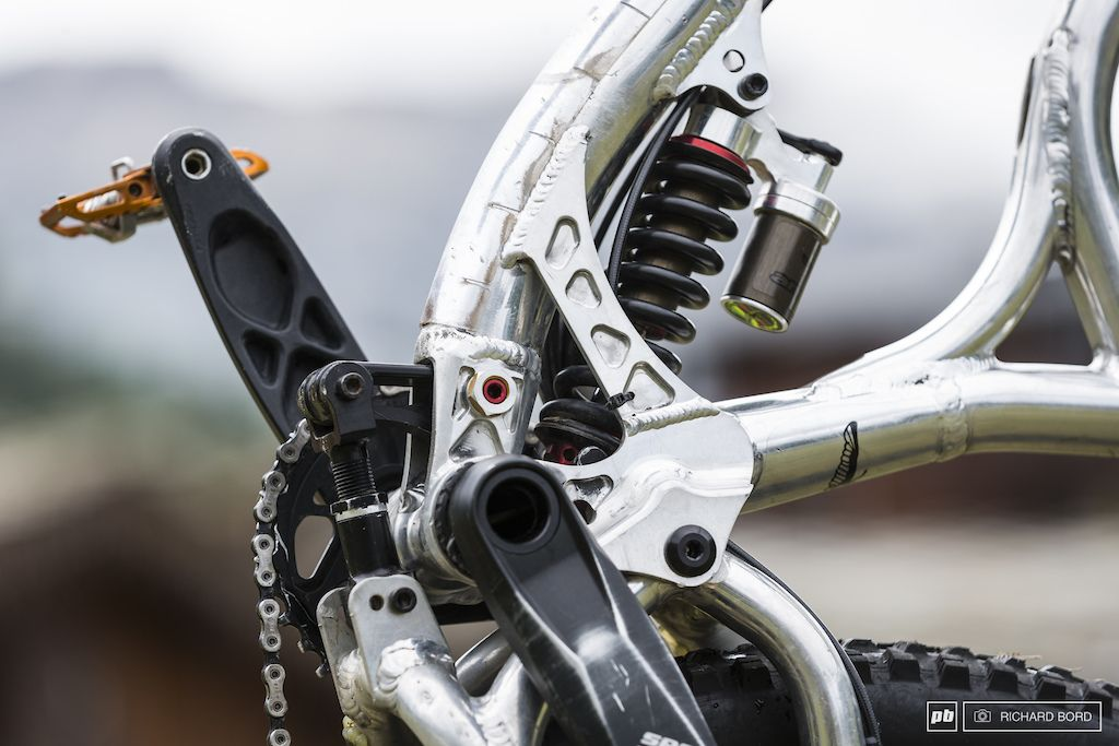 2 Bike Checks From The French Enduro Cup Val D Isere Bike