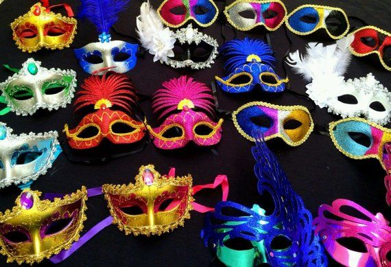 Lot 50 party mask costume venetian masquerade Mardi Gras Feather New Year Quince