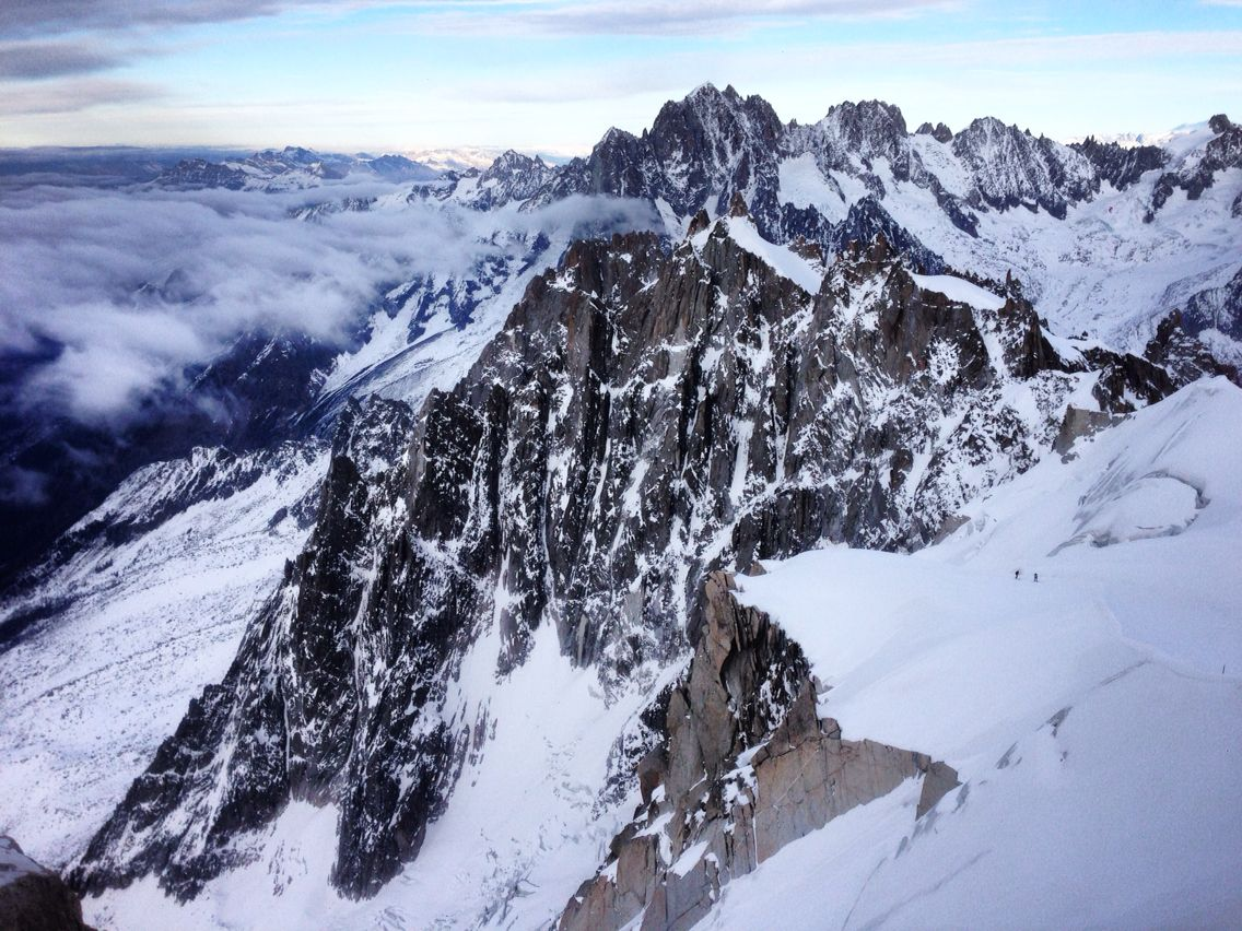 Mountain #wild #adventure #aiguilledumidi #france