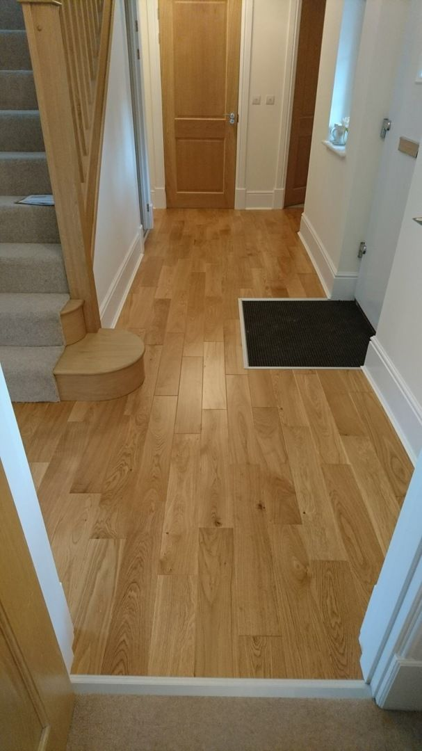 Carpenters Choice Oak 130mm Wide Lacquered Engineered Wood Flooring