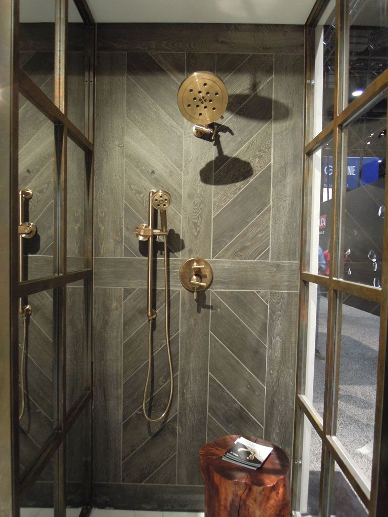 best kitchen trends satin gold bath | Black paint room 黑色房間設計 ...