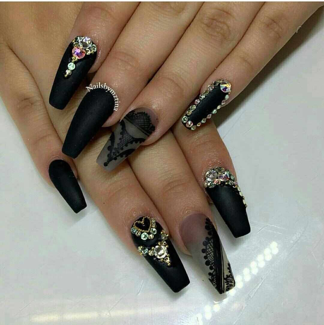 Фото черных ногтей наращивание