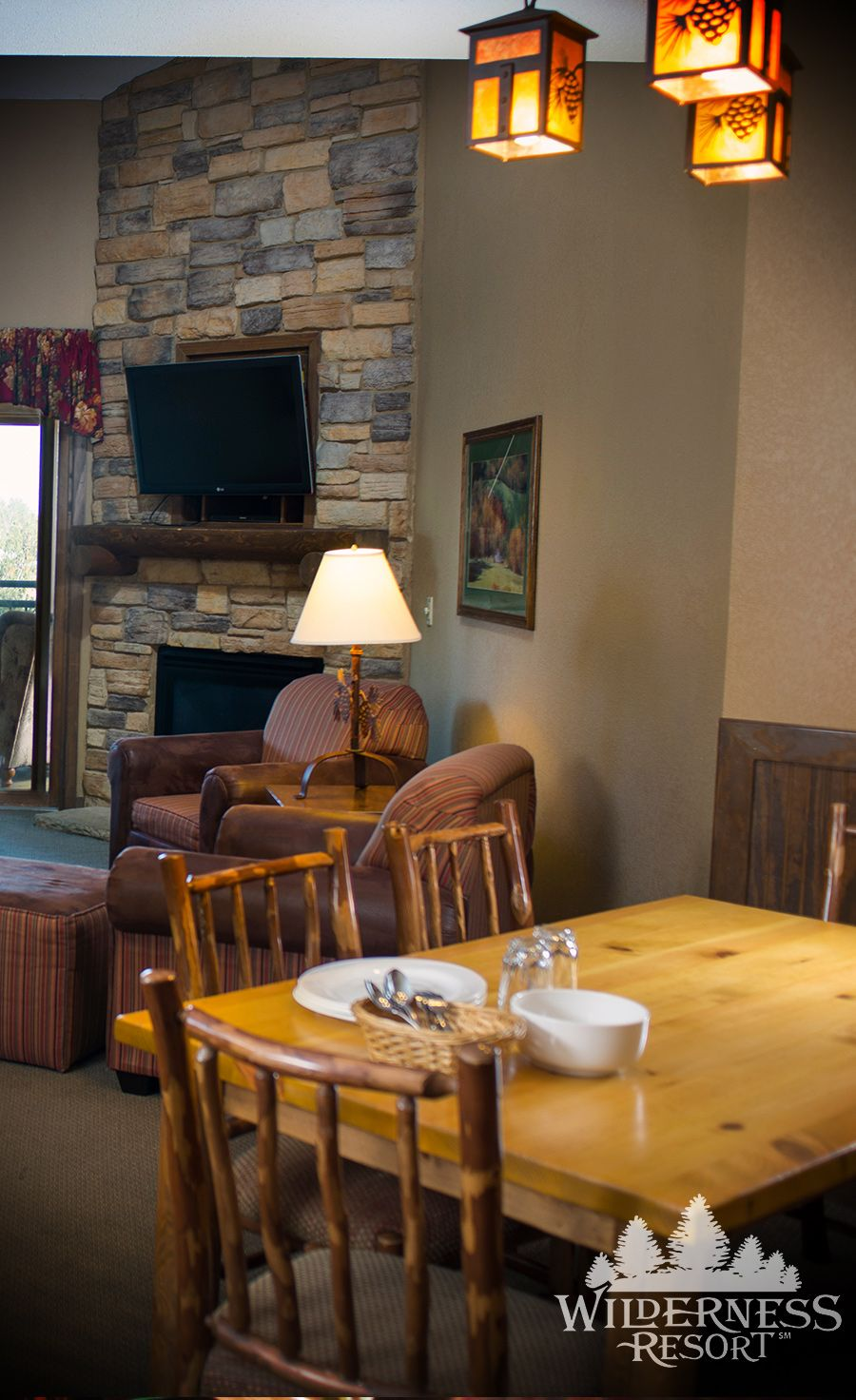 Two And Three Bedroom Condos At Wilderness On The Lake In Wisconsin Dells Wilderness Resort Wisconsin Dells Four Seasons Room