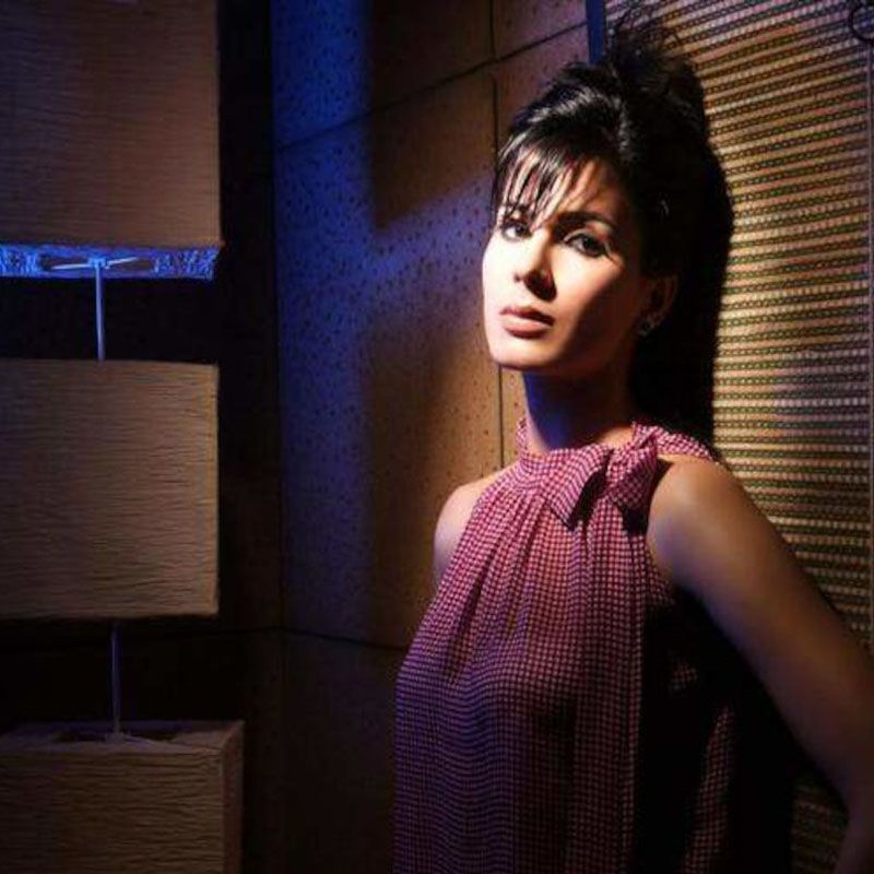 You want to meet with kirti kulhari give her smile kirti you want to meet with kirti kulhari give her smile m4hsunfo