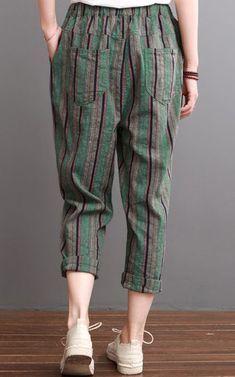 Photo of Pantaloni da donna in lino grigio a righe grigio pantaloni crop crop