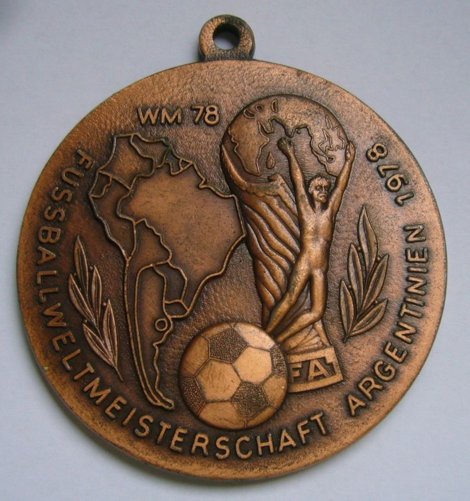 Fifa World Cup 1978 Decoration Medal Copa Mundial De Futbol Argentina 78 Argentina World Cup Football Memorabilia Football