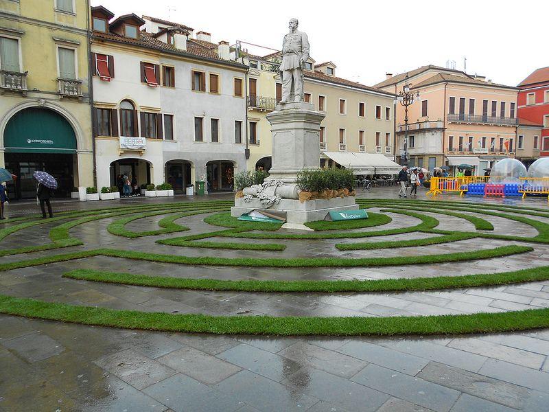 labirinto, piazza Vittorio, Rovigo House styles, Pool